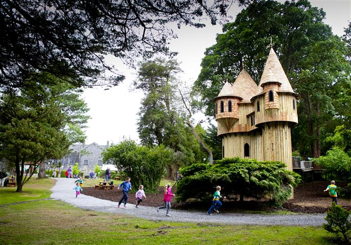 IRELAND'S LARGEST TREE HOUSE & ADVENTURE PLAYGROUND OPENS AT BIRR CASTLE Minister for Children Officially Open New Visitor Attraction to mark National Recreation Week. Standing 39 feet tall (as tall as a three storey building), Ireland's largest Tree House, the centrepiece for a new adventure playground at Birr Castle Demesne, Co. Offaly was officially opened.Marking the start of National Recreation Week, Minister for Children, Frances Fitzgerald T.D. officially opened the new visitor attraction, one of Europe's largest public tree houses.Photo Chris Bellew Copyright 2013 Fennell Photography
