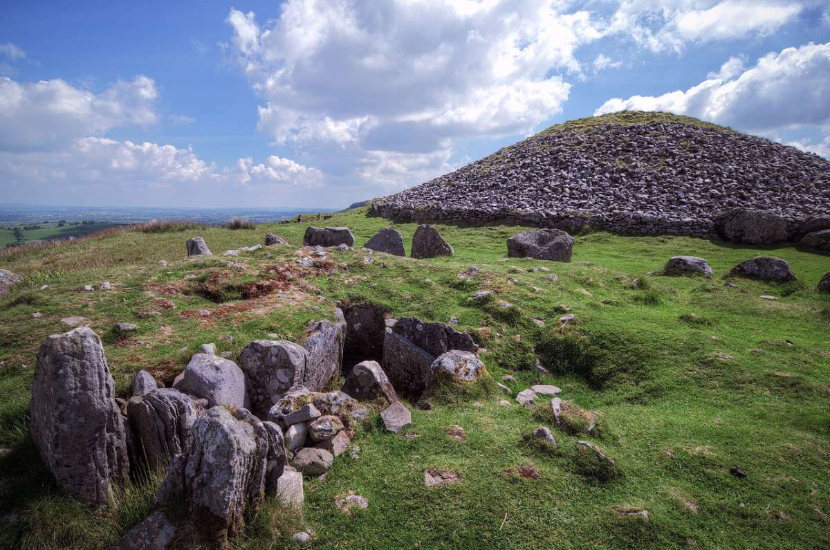 cairns_s_and_t_loughcrew